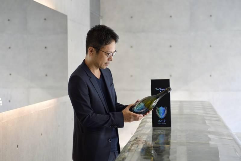 ドン ペリニヨン ヴィンテージ 2009 by 吉岡徳仁氏の限定ボトル販売