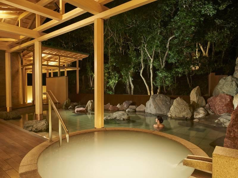 温泉サロン「ロイヤルスパ 悠久の森」ご利用について