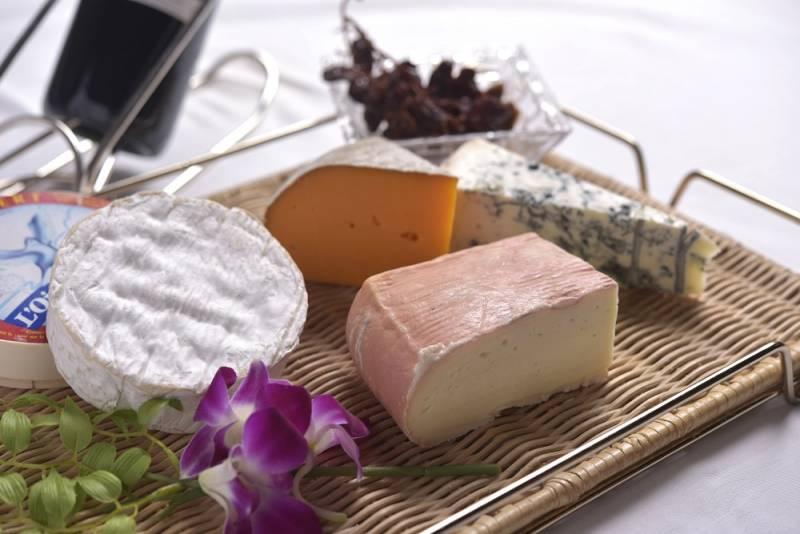 6/17 ランチタイムセミナー「フランスチーズを楽しむ会」