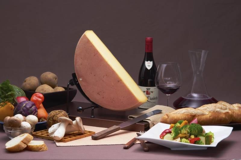 ラクレットチーズ  金山寺味噌を添えて(イメージ)